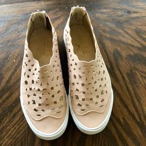 Pink faux Leather Sneakers Shoes Cut-out 6.5